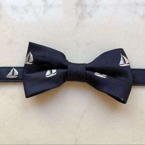 Janie and Jack Navy Bow Tie with Velcro Closure